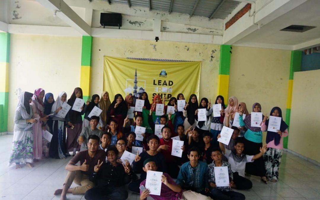 40 PELAJAR DI BALI MENGIKUTI LEADERSHIP BASIC TRAINING