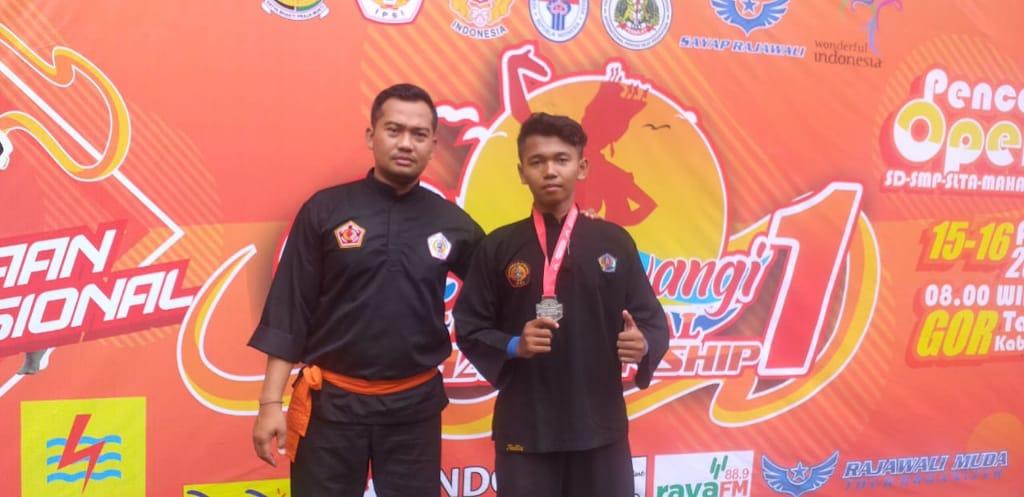 Pelajar Bali Raih Perak Dalam Kejuaraan Internasional